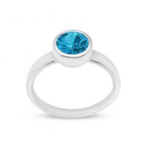 Liquid Light single blue stone ring