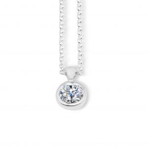 Liquid light single stone pendant - White